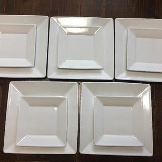 正方形のホワイトプレート大小10枚セット
