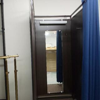 (無料)試着室、鏡、照明、カーテン付