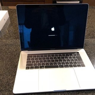★MacBook Pro 15.4インチ クアッドコアi7 スペ...