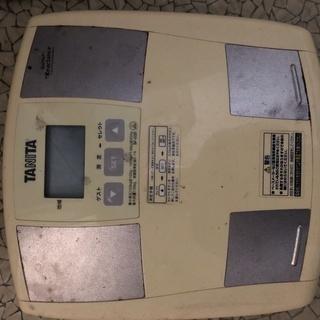 タニタ 体脂肪計付ヘルスメーター BF-035