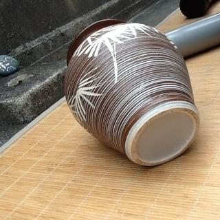 【三百円】状態の良い水英の壺、花瓶 花器、陶器 配達も可 - 売ります・あげます