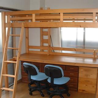 ● システムベッド 2人用学習机+イス2脚付 ●  商談中