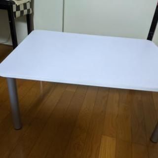 取り引きキャンセルのため再開します。白のテーブル差し上げます