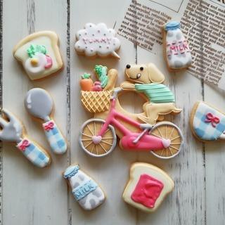 【5/28募集!】7枚のミニクッキーと、1枚の大き目ワンちゃんクッ...