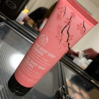 tha body shop クリーム