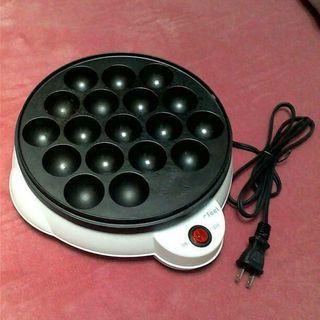 アイリスオーヤマのタコ焼き器です