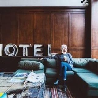 高級ホテルのスパ清掃
