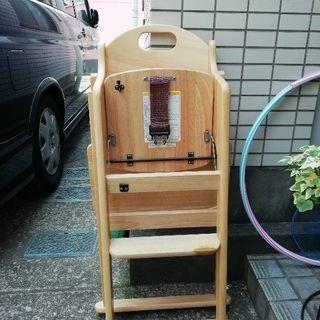 木製ベビーチェアテーブル付き