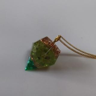 オルゴナイト(ペリドット)のネックレス