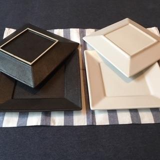 【全4枚】カッコいいスクエア皿セット[ブラック&ホワイト]