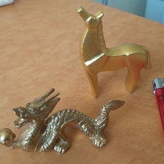 龍と馬の置物