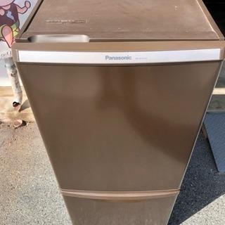 Panasonic シブい色の冷蔵庫!