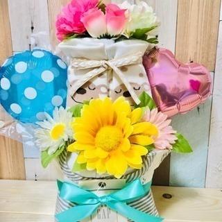 出産祝いに おむつケーキ
