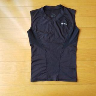 TIGOLA(ティゴラ)ノースリーブインナーシャツ