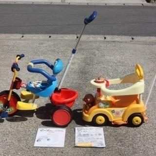 アンパンマンよくばりベビーカー、ミッキーマウスピープー三輪車(2台で)