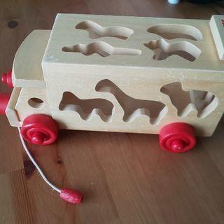 木のおもちゃ(車)