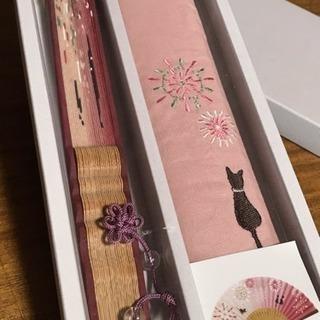 ○猫の刺繍がかわいい扇子○これからの季節に、ギフトに!