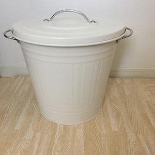 【中古品】【IKEA】KNODD クノッド ふた付き容器, ホワ...