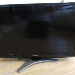 8年前のシャープ AQUOS液晶カラーテレビ LC-32E8 32型