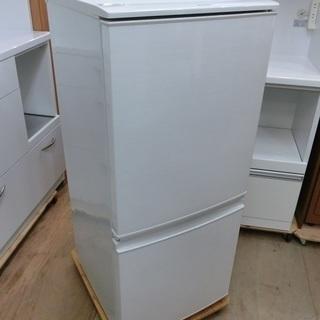 シャープ 137L 2ドア 冷凍冷蔵庫 SJ-D14C 2017年...