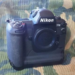 Nikon D1X  中古