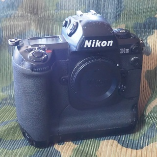 中古 Nikon D1H