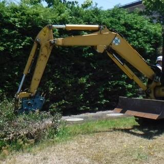 一般家庭の庭や畑を重機を使ってお手伝い致します