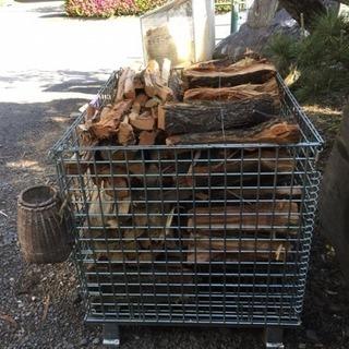 広葉樹、針葉樹の薪