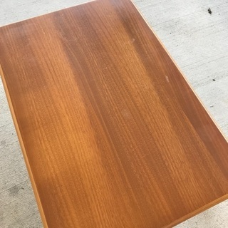 木製折り畳みテーブル − 愛知県