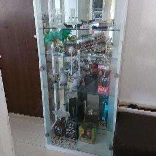 飾り棚 ガラス戸