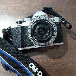 OLYMPUS ミラーレス一眼カメラ