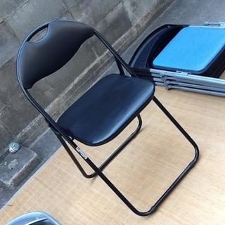 【1脚だけ】ニトリ製の折りたたみパイプ椅子 お安くどうぞ