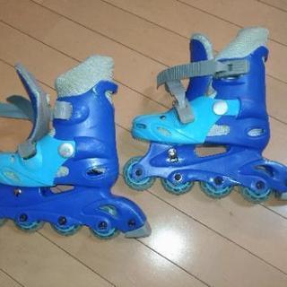 インラインスケート Sサイズ 19~22センチ 調整機能つき