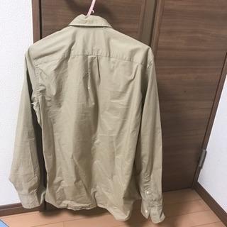GAP ベージュシャツ