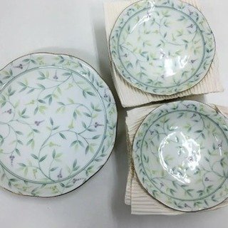 四季の器 愛陶 唐草模様 お皿セット 3サイズ計11枚