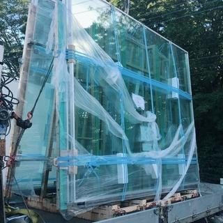 ガラス施工スタッフ及びシーリングスタッフ募集