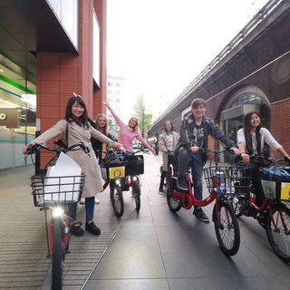 外国人の観光客向け電動アシスト自転車ツアーのガイド募集