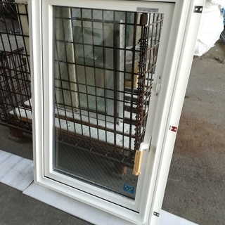 1●新品未使用●屋外保管品●樹脂窓●YKK ap APW3…