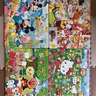 アンパンマン  キティちゃん  ディズニー  4つまとめてパズル