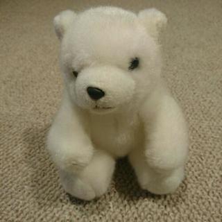 白熊のヌイグルミ