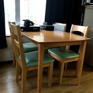 ダイニングテーブル+椅子4脚