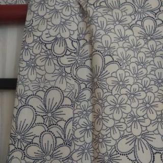 梅模様の小紋着物500円です
