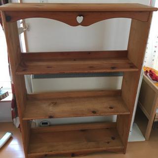 商談中です 可愛い木製本棚