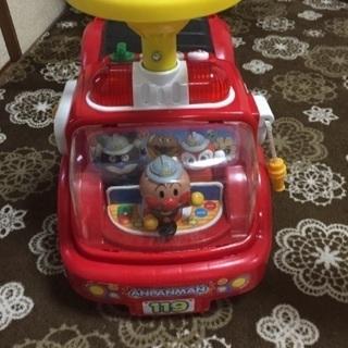 ★アンパンマン車★