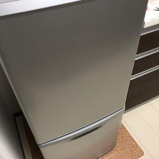 冷蔵庫 Panasonic NR-B146Wの画像