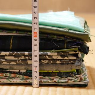 はぎれ(布・生地)のまとめ売り(緑色系)約1kg