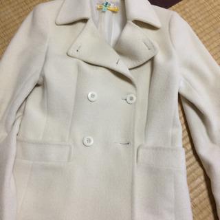 白のピーコート