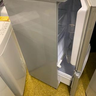 SHARP 冷蔵庫137リットル 2016年 - 家電