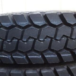 新品 大型トラックタイヤ