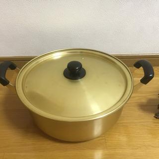 鍋  内径30cm